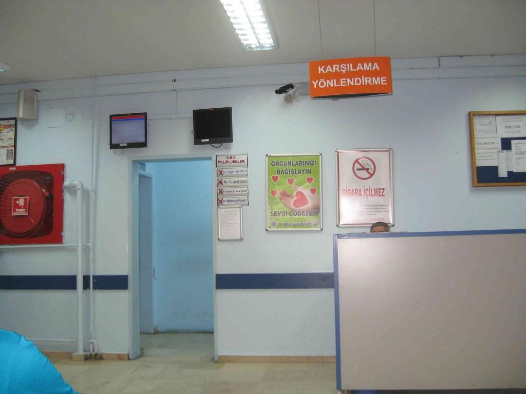 Poliklinik Kapısı